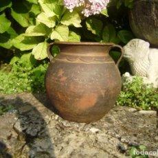 Antigüedades: ANTIGUA MANTEQUERA DE BARRO GALLEGA.. Lote 132031054