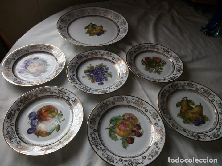Antigüedades: Precioso juego de postre de porcelana porcelana kahla,gdr,motivo frutas y oro - Foto 2 - 132031058