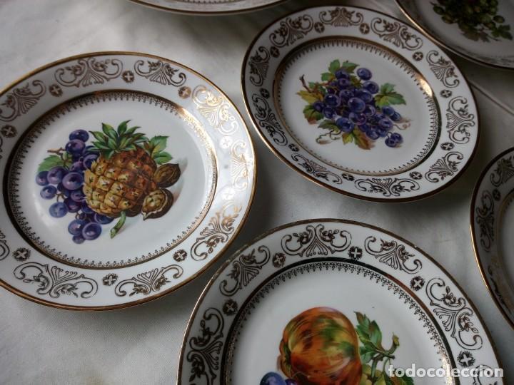 Antigüedades: Precioso juego de postre de porcelana porcelana kahla,gdr,motivo frutas y oro - Foto 3 - 132031058