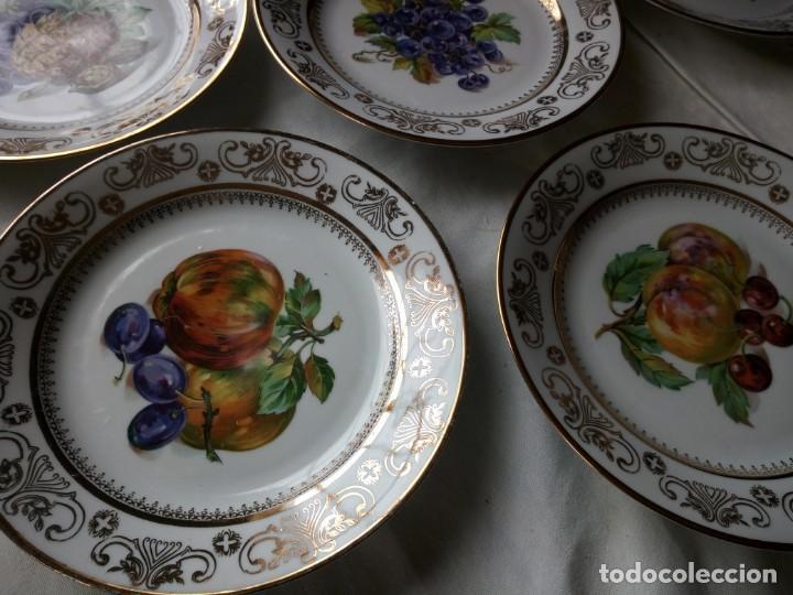 Antigüedades: Precioso juego de postre de porcelana porcelana kahla,gdr,motivo frutas y oro - Foto 6 - 132031058