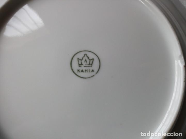 Antigüedades: Precioso juego de postre de porcelana porcelana kahla,gdr,motivo frutas y oro - Foto 7 - 132031058