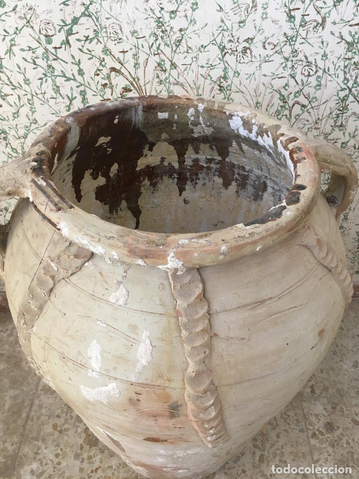 Antigüedades: TINAJA DE CALANDA LAÑADA EN EL BORDE. DOS ASAS Y ADORNOS - Foto 4 - 132031234