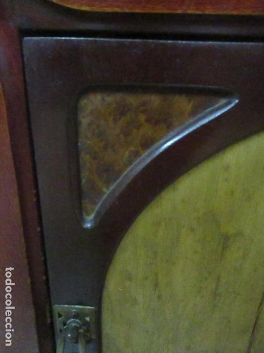 Antigüedades: Bonita Mesita Art Deco - Madera de Caoba y Limoncillo - Mármol Rojo Alicante - Principios S. XX - Foto 9 - 132100426