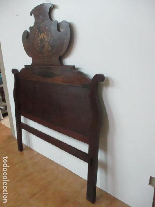 Antigüedades: Cabezal de Cama Isabelino - Madera de Caoba - Bonita Marquetería, de Madera de Boj - S. XIX - Foto 3 - 132128418