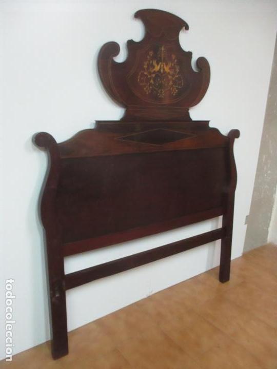 Antigüedades: Cabezal de Cama Isabelino - Madera de Caoba - Bonita Marquetería, de Madera de Boj - S. XIX - Foto 4 - 132128418