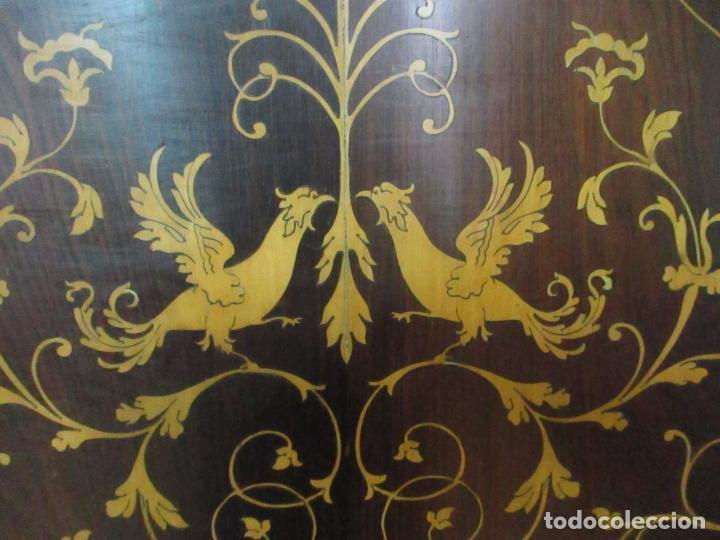 Antigüedades: Cabezal de Cama Isabelino - Madera de Caoba - Bonita Marquetería, de Madera de Boj - S. XIX - Foto 14 - 132128418