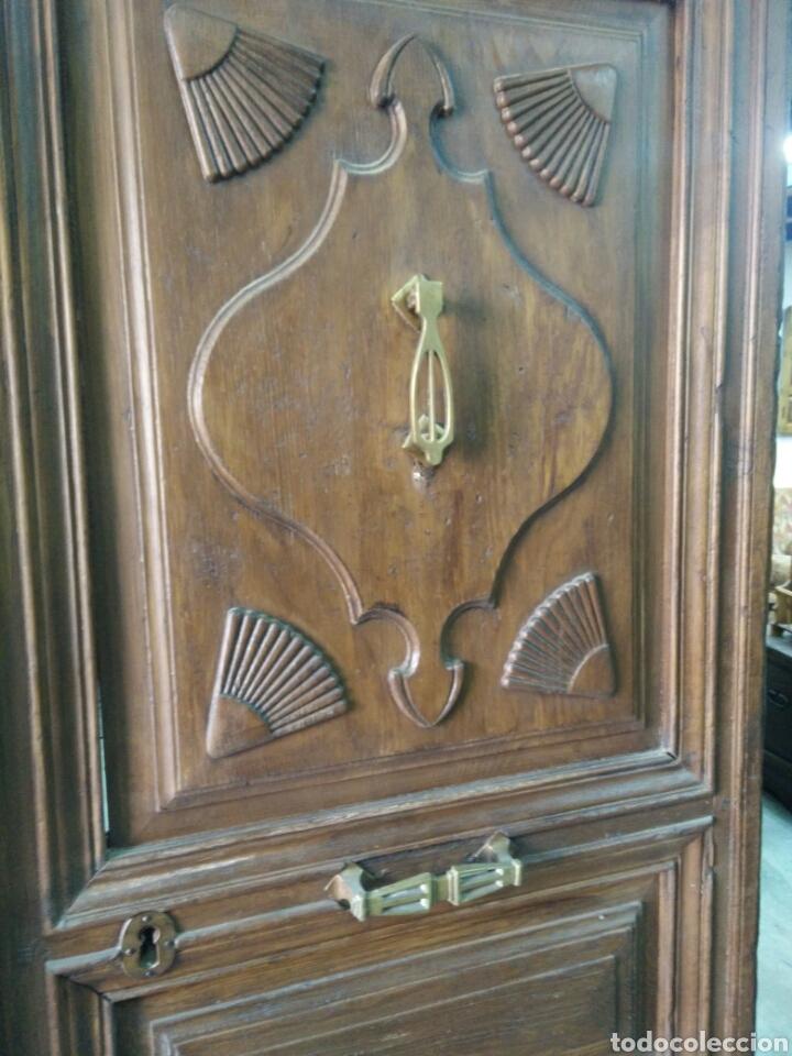 Antigüedades: Portón de dos hojas tallado - Foto 3 - 132189789