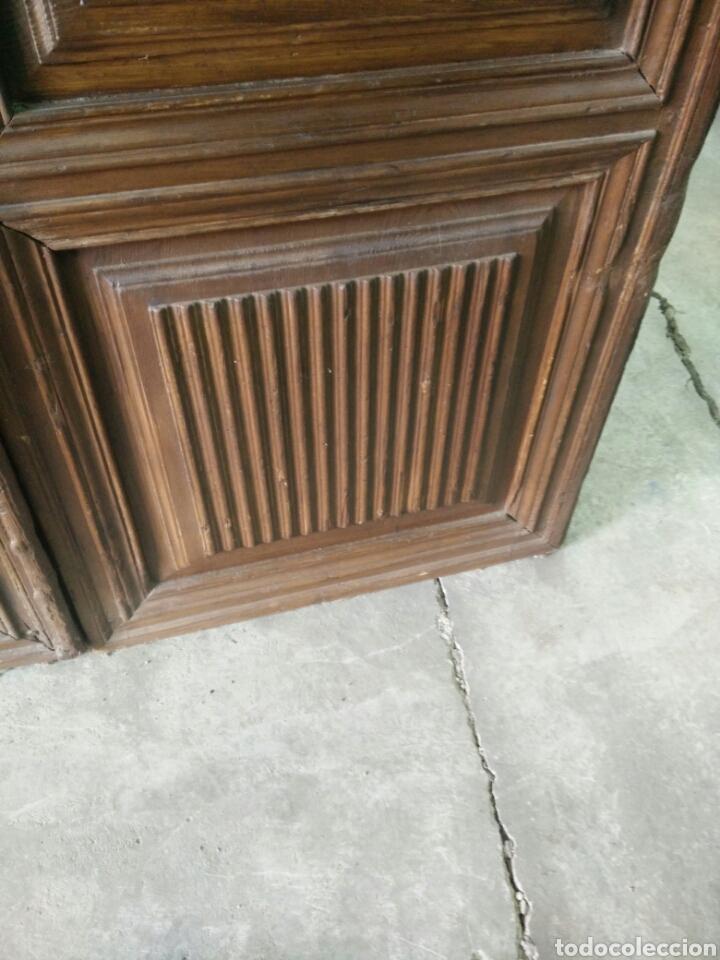 Antigüedades: Portón de dos hojas tallado - Foto 5 - 132189789