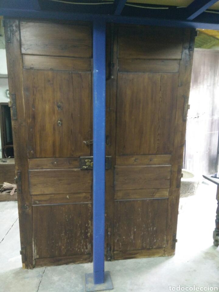 Antigüedades: Portón de dos hojas tallado - Foto 7 - 132189789