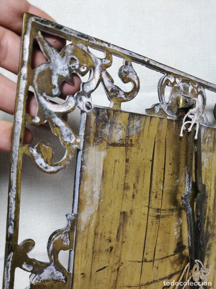 Antigüedades: bonito marco portafotos portaretratos bronce años 40 original...grande 35 x 28 cm - Foto 2 - 132199094