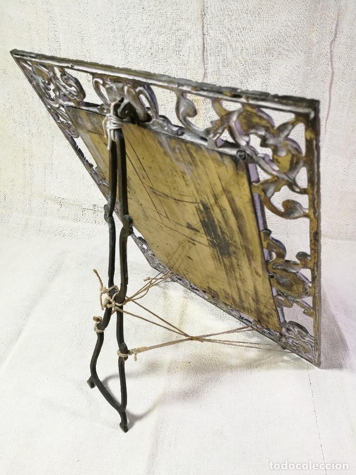 Antigüedades: bonito marco portafotos portaretratos bronce años 40 original...grande 35 x 28 cm - Foto 4 - 132199094