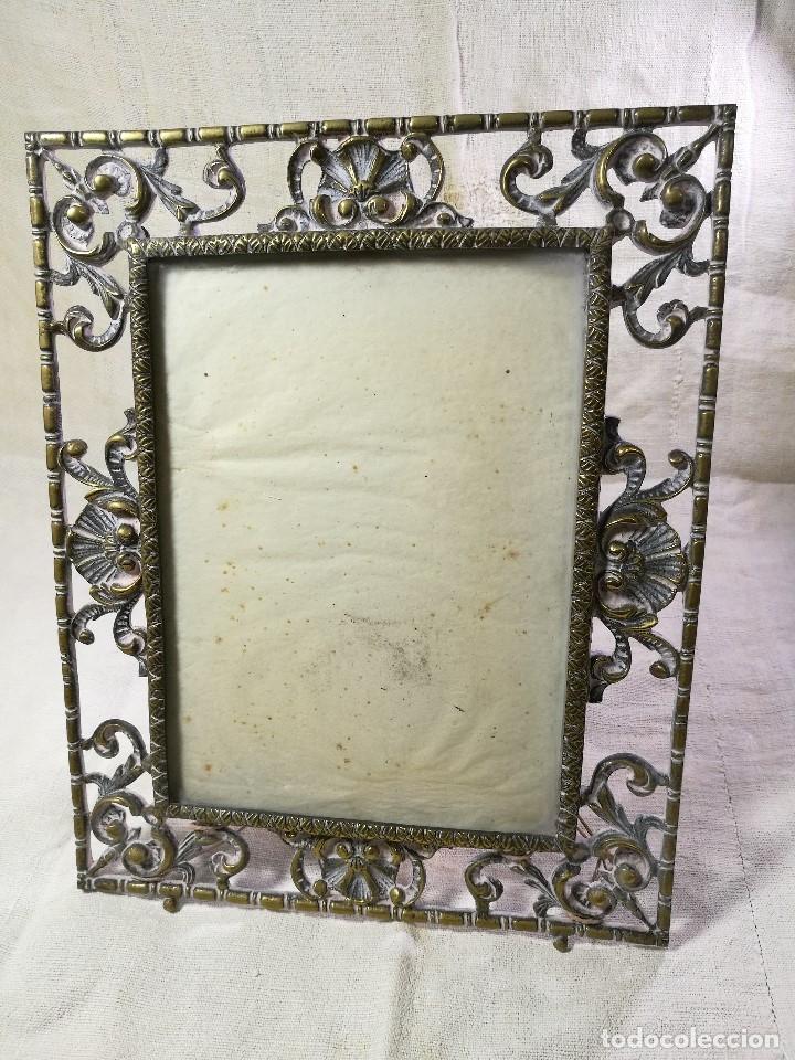 Antigüedades: bonito marco portafotos portaretratos bronce años 40 original...grande 35 x 28 cm - Foto 5 - 132199094