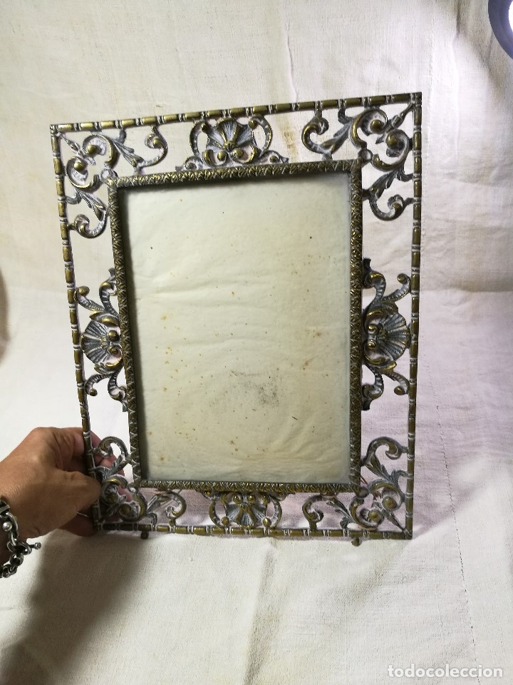 Antigüedades: bonito marco portafotos portaretratos bronce años 40 original...grande 35 x 28 cm - Foto 6 - 132199094