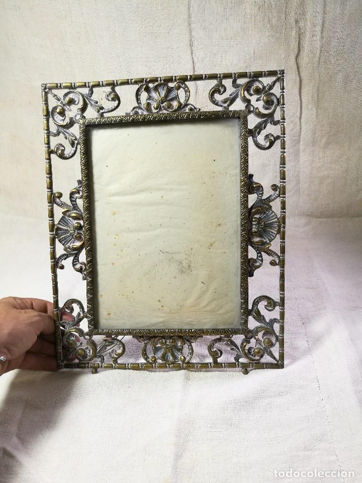 Antigüedades: bonito marco portafotos portaretratos bronce años 40 original...grande 35 x 28 cm - Foto 7 - 132199094