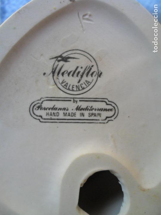 Antigüedades: ESCULTURA CHICO PORCELANA- FIGURA MEDIFLOR (VALENCIA) PORCELANAS MEDITERRANEO - Foto 2 - 132203722