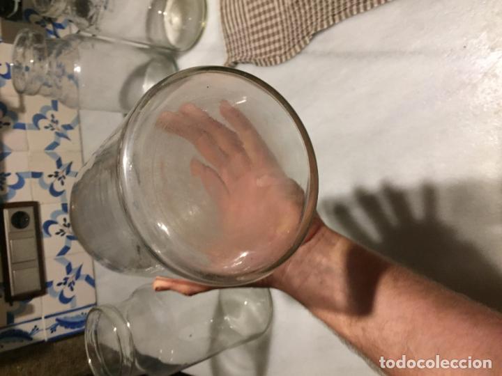 Antigüedades: Antiguos 4 bote / tarro botes / tarros de cristal Catalán soplado a mano del siglo XIX - Foto 5 - 132209894