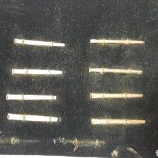 Antigüedades: MUESTRARIO ANTIGUOS CLAVOS. Lote 132221387