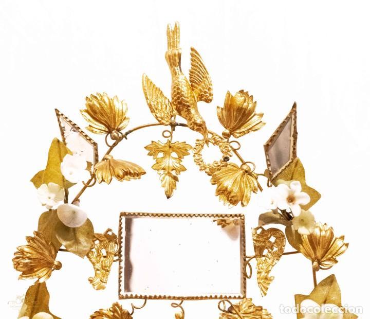 Antigüedades: Antiguo fanal o globo de novia con su cúpula en cristal soplado. - Foto 4 - 132242010