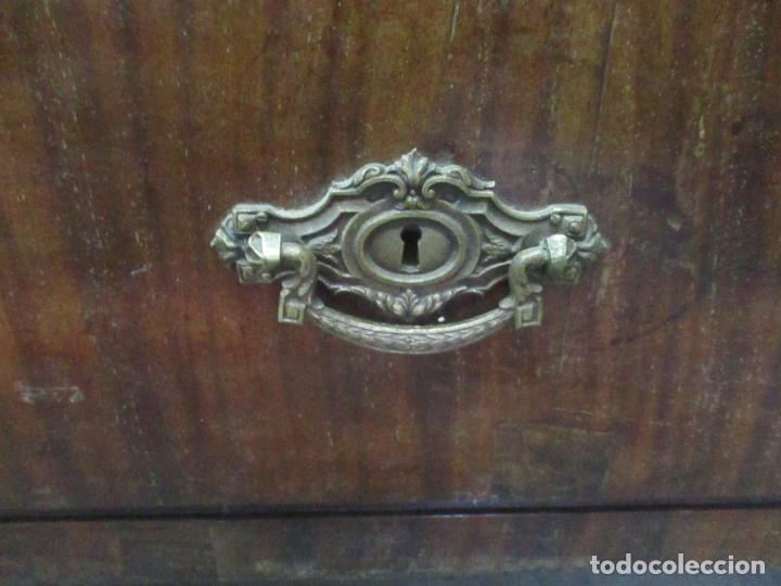 Antigüedades: Preciosa Vitrina - Estilo Regencia (1800-1830) Inglaterra - Madera de Caoba - 241 cm Altura - S. XIX - Foto 6 - 132309442