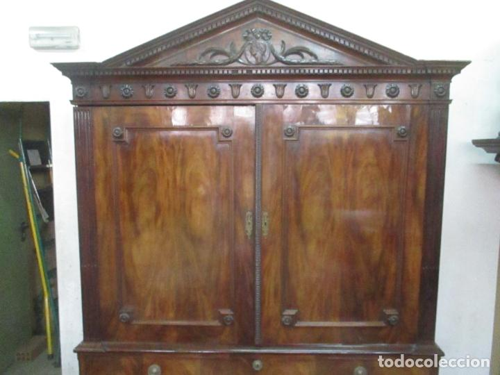 Antigüedades: Preciosa Vitrina - Estilo Regencia (1800-1830) Inglaterra - Madera de Caoba - 241 cm Altura - S. XIX - Foto 13 - 132309442