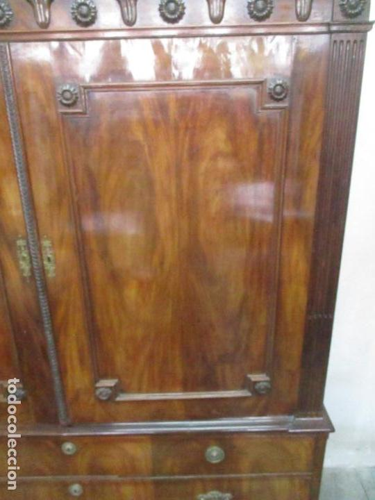 Antigüedades: Preciosa Vitrina - Estilo Regencia (1800-1830) Inglaterra - Madera de Caoba - 241 cm Altura - S. XIX - Foto 28 - 132309442