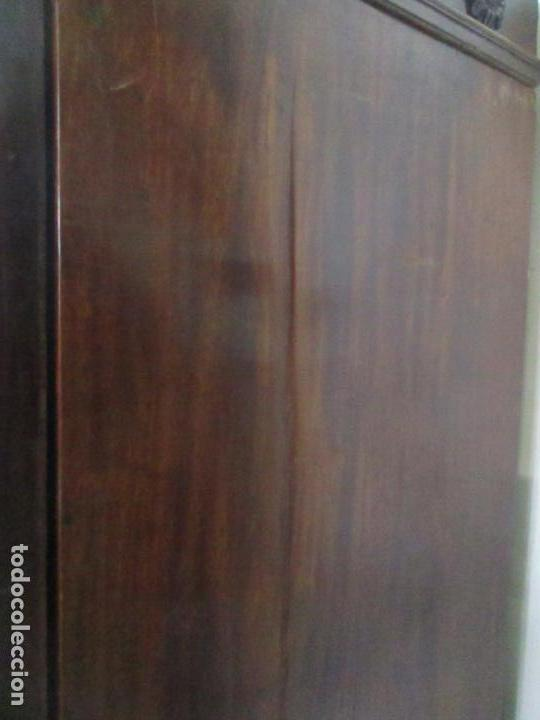 Antigüedades: Preciosa Vitrina - Estilo Regencia (1800-1830) Inglaterra - Madera de Caoba - 241 cm Altura - S. XIX - Foto 43 - 132309442