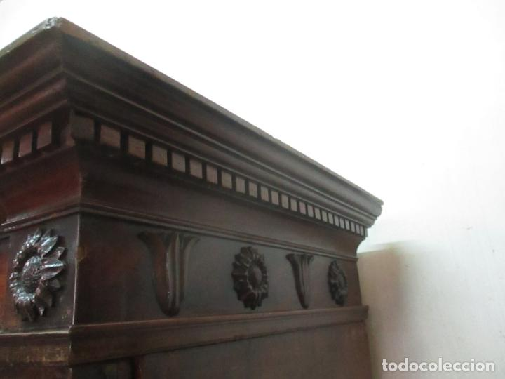 Antigüedades: Preciosa Vitrina - Estilo Regencia (1800-1830) Inglaterra - Madera de Caoba - 241 cm Altura - S. XIX - Foto 44 - 132309442