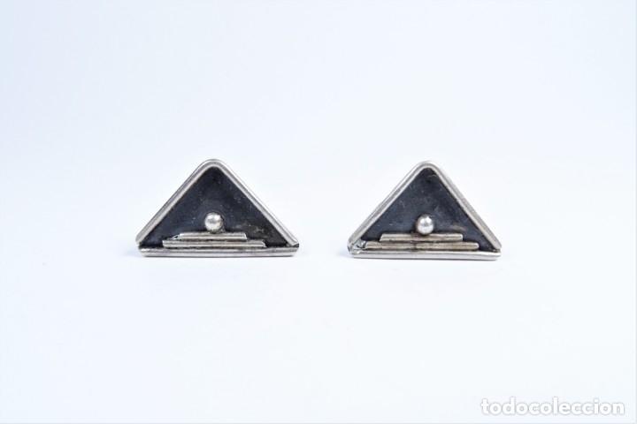 Antigüedades: Antiguo pendientes en plata 925 con símbolo ceremonial en forma de pirámide - Foto 2 - 49042172