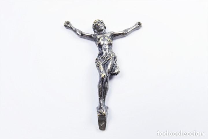 ANTIGUO CRISTO DE BRONCE CON BAÑO EN PLATA (Antigüedades - Religiosas - Crucifijos Antiguos)