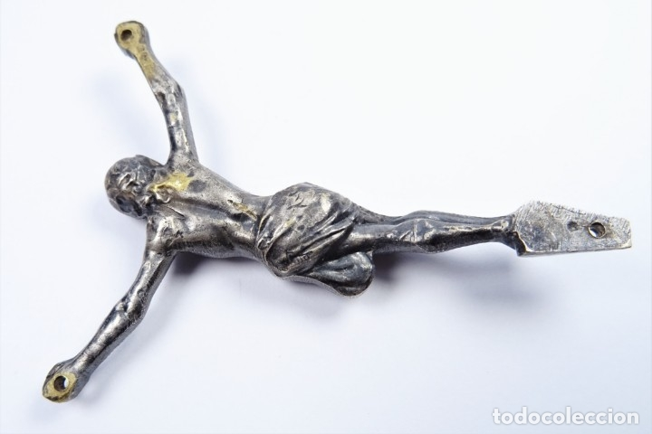 Antigüedades: Antiguo cristo de bronce con baño en plata - Foto 4 - 51652289