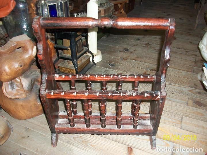 Antigüedades: ANTIGUO REVISTERO DE MADERA - Foto 3 - 132426062