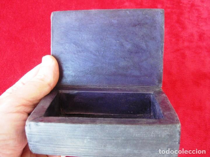 Antigüedades: CAJA DE MADERA FORRADA EN PIEL INTERIOR Y EXTERIOR ÚNICA - Foto 9 - 132465214