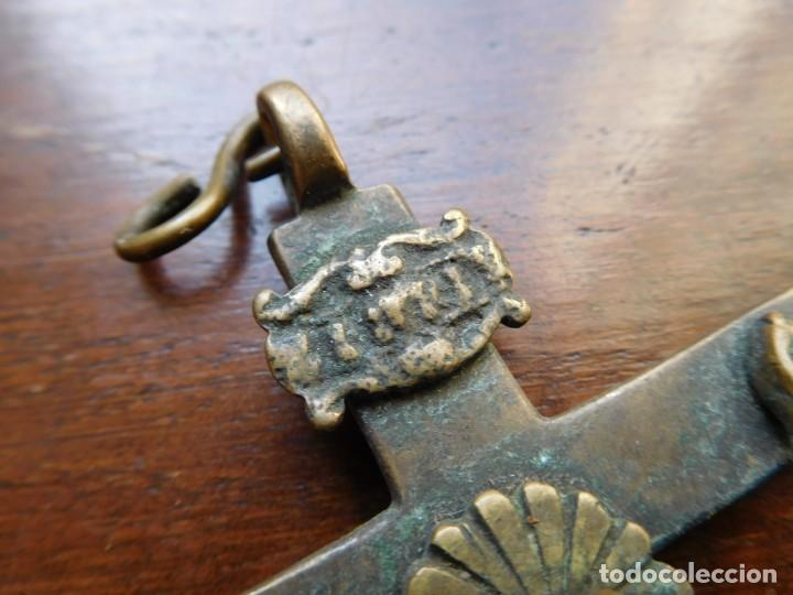 Antigüedades: Crucifijo de bronce siglo XVIII - Foto 5 - 132478346