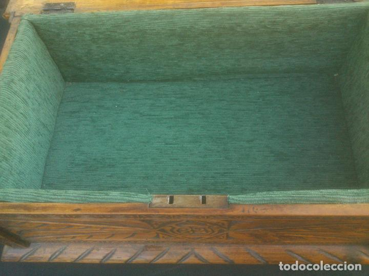 Antigüedades: Arca antigua de pino labrado - Foto 9 - 132485918
