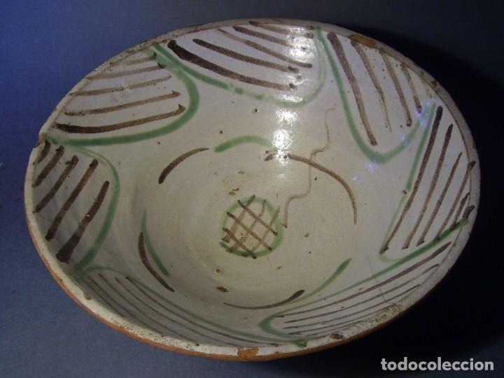 Antigüedades: GRAN Y ROTUNDO PLATO-CUENCO DE CERÁMICA ARAGONESA DE TERUEL XIX - Foto 7 - 132533730