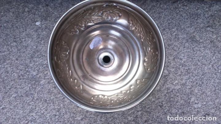 Antigüedades: Portavelas candelabro, en metal polido - Foto 8 - 132561090
