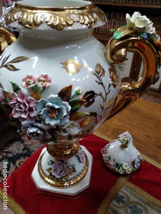 Antigüedades: ESPECTACULAR JARRÓN DE PORCELANA Y ORO FINO - DECORACIÓN FLORAL EXTRAORDINARIA - PIEZA DE MUSEO - - Foto 8 - 132585462