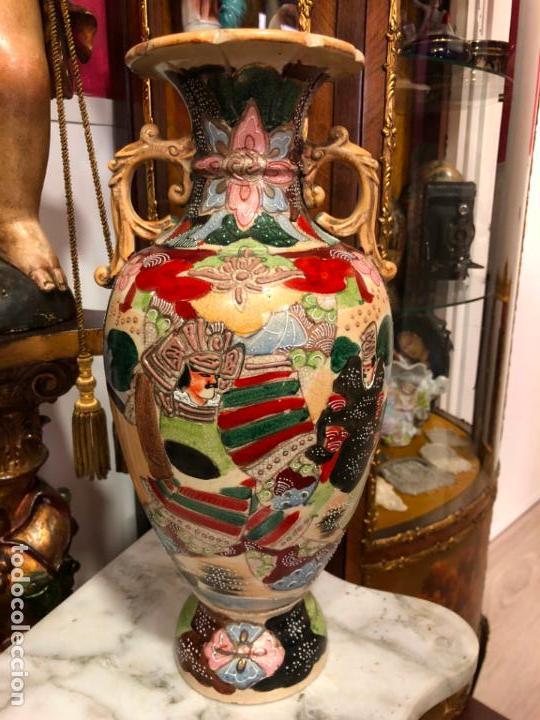 PRECIOSO Y ANTIGUO JARRON CERAMICO JAPONES DE SATSUMA - MEDIDA 39 CM (Antigüedades - Porcelana y Cerámica - Japón)