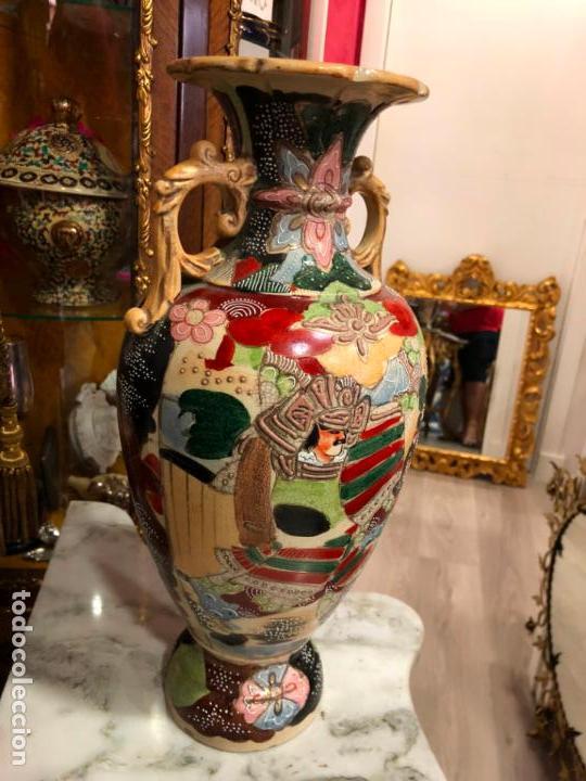 Antigüedades: PRECIOSO Y ANTIGUO JARRON CERAMICO JAPONES DE SATSUMA - MEDIDA 39 CM - Foto 4 - 132600310