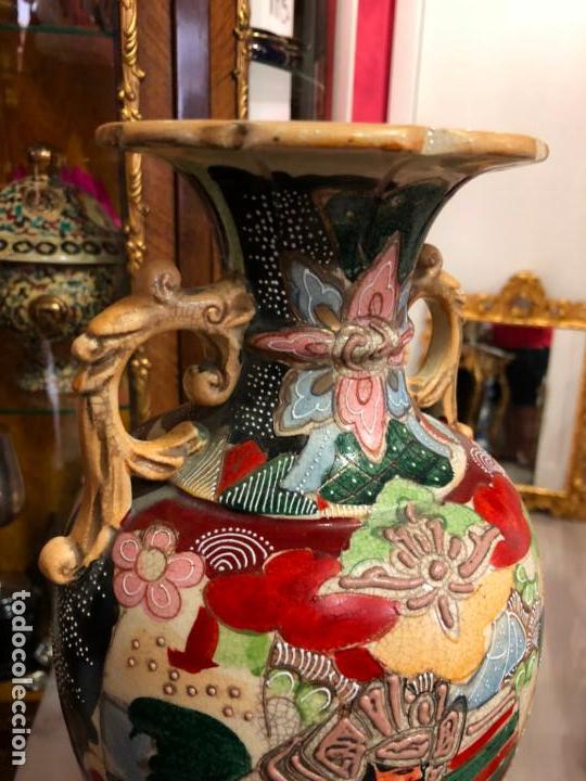 Antigüedades: PRECIOSO Y ANTIGUO JARRON CERAMICO JAPONES DE SATSUMA - MEDIDA 39 CM - Foto 9 - 132600310