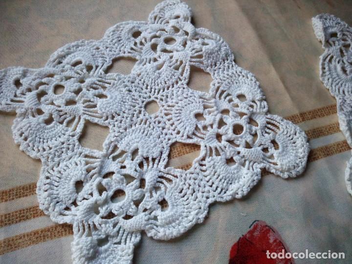 Antigüedades: Lote de 2 tapetes de algodón hechos a ganchillo. - Foto 2 - 132611122
