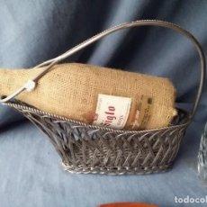 Antigüedades - Soporte para botellas de vino para adornar mesa de comidas o exposición de vinos. - 132622038