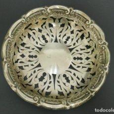 Antigüedades: BANDEJA EN PLATA LEY MARCADO CON CONTRASTE . Lote 132657110