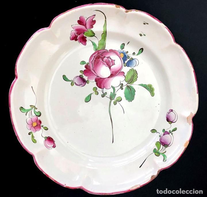 ALCORA - PLATO DE LA SERIE FLORES ALEMANAS - 1781-1825 - S. XVIII-XIX (Antigüedades - Porcelanas y Cerámicas - Alcora)