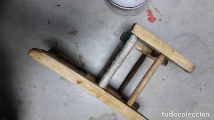 Antigüedades: pequeña silla de madera - Foto 4 - 132740994