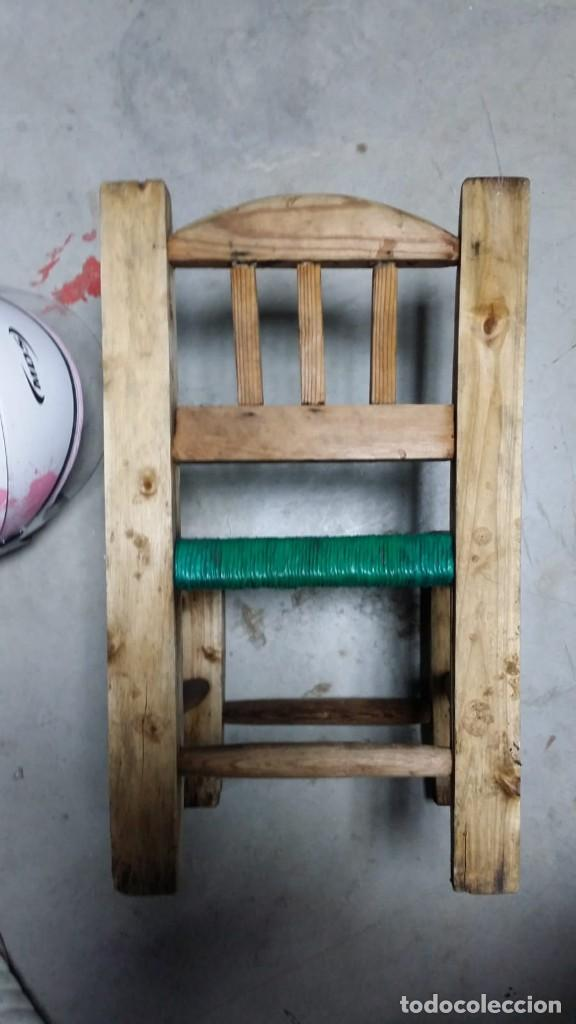 Antigüedades: pequeña silla de madera - Foto 5 - 132740994