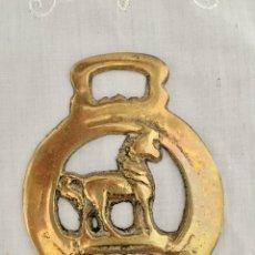 Antigüedades: ANTIGUO ARREO, HEBILLA, AMULETO HIPICA. Lote 127259028