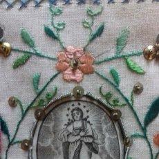 Antigüedades: PRECIOSO ESCAPULARIO LA CONCEPCION S.XIX BORDADO A MANO . IMAGEN SEDA SERIGRAFIADA 7.5X8.5 CMS. Lote 132799978