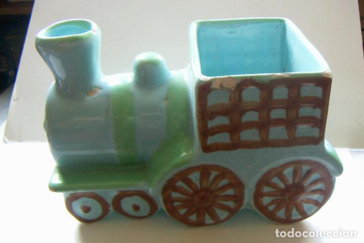 Antigüedades: Tren macetero ceramica de Hispania Manises Decorado a mano - Foto 3 - 132814910