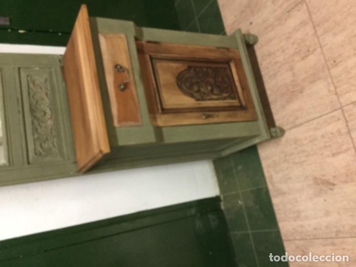 Antigüedades: Preioso mueble-perchero, restaurado, pintado con verde oliva Annie Sloan. único. - Foto 3 - 132824626